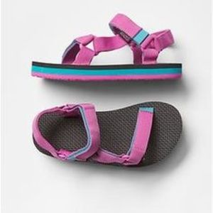 Teva Other - Teva Sandals for Gap kids size 5