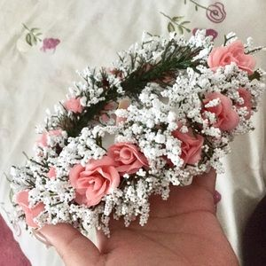 Brandy Melville Other - Handmade Flower Crown