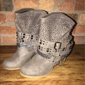 Not Rated Shoes - Women's fancy cowboy boots size 8