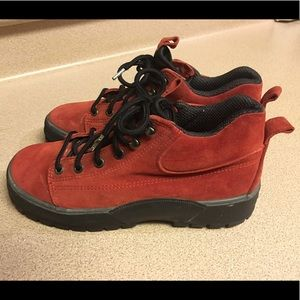Cole Haan Shoes - COLE HAAN RESORT RED SUEDE LEATHER Women's Sz 7B