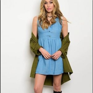 Dresses & Skirts - Denim Chambray Dress