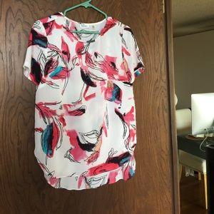 DKNYC Tops - DKNY blouse 🌟🌷