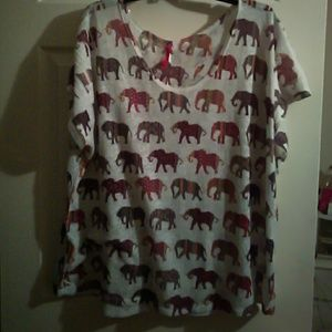 Plus by Etage Tops - Elephant loose fitting shirt size L