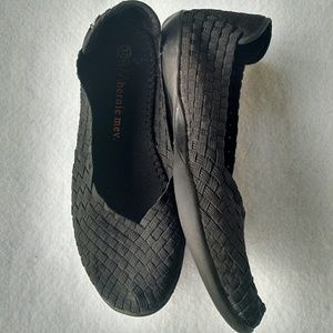 "bernie mev. Shoes - bernie mev. ""Catwalk"" Black Weaved Flats"