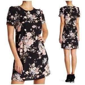 Soprano Dresses & Skirts - NWT Soprano Floral Dress