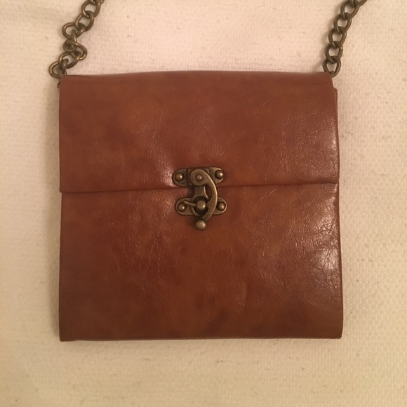 Steve Madden Handbags - Barely Used - Steve Madden Crossbody Bag