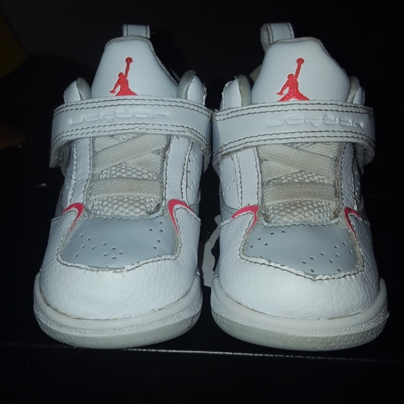 newest collection 9207c 32a84 Baby JORDANS unisex (boy and girl) shoes size 5