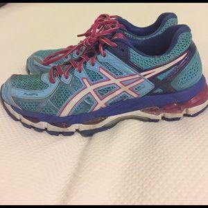 Asics Shoes - Asics Gel Kayano 21