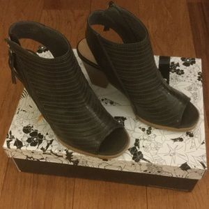 Chinese Laundry Shoes - Chinese Laundry Booties - NIB