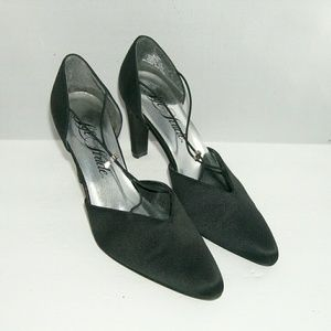 Life Stride Shoes - Lifestride 'Robyn' vintage pointed satin pumps 8M