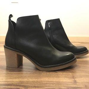 Miista Shoes - Miista London ankle booties