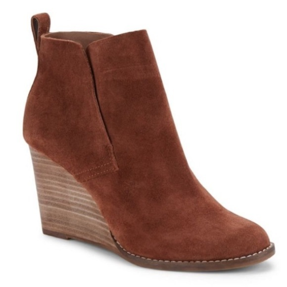 3a00f13f49e1 NEW Lucky Brand Yoniana Wedge Bootie