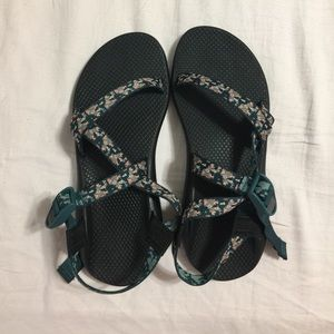 Chacos Shoes - BNWOB Women's Single-Strap Chacos