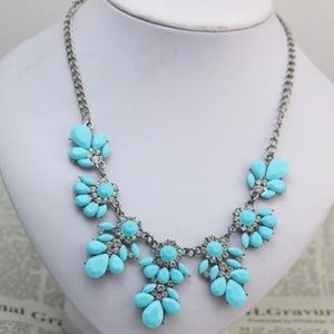 Lilly Pulitzer Jewelry - Turquoise & Silver Statement Necklace