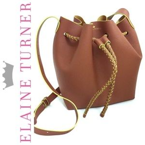 Elaine Turner Handbags - HP🎉Elaine Turner Large Saffiano Bucket Bag