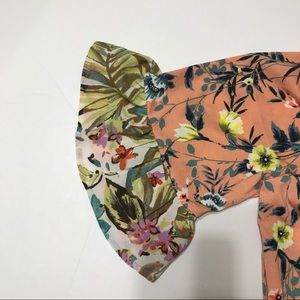 Anthropologie Tops - 🎈SALE ANTHROPOLOGIE Fig & Flower Floral Top TO-17