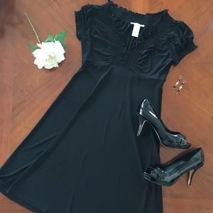 London Times Dresses & Skirts - London times size 8 LBD little black dress