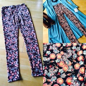 LuLaRoe Pants - LuLaRoe One size leggings-black w/orange & blue