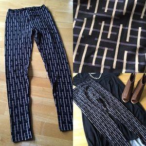 LuLaRoe Pants - LuLaRoe One size leggings-NEW-black geometric