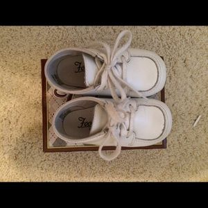FootMates Other - Baby shoes.