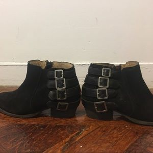 H By Hudson Shoes - H by Hudson booties black suede booties