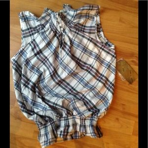 Tops - NWT Open Back Plaid Top