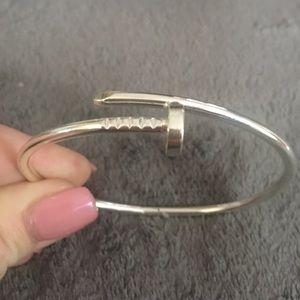 Jewelry - Silver plate screw bracelet