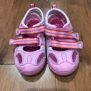 Other - Stride Rite Sandals Toddler 6 EUC sneaker sandal