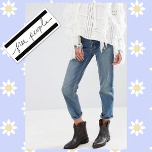 🆕 Free People Jeans 25