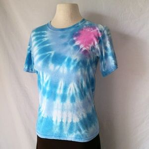 TIE-Dye T-Shirt with Heart