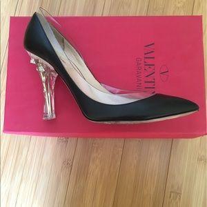 Valentino Garavani Shoes - Valentino Garavani sz 39.5 black leather / pvc