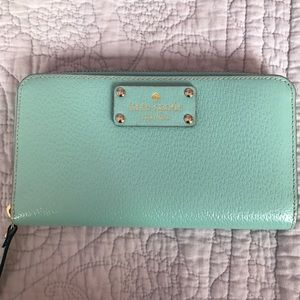 Authentic NWT Kate Spade Wellesley Neda Wallet