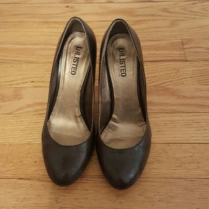 Unlisted Shoes - Unlisted Brown pumps