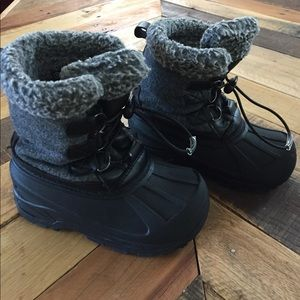 Other - Boys snow boots (size 9/10) from Target
