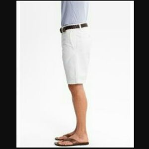Banana Republic Other - Banana Republic men's Chino white shorts 34