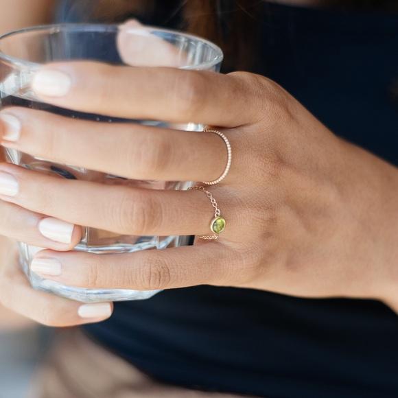 Jewelry Mejuri Peridot Pop Chain Ring Poshmark