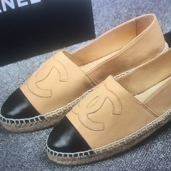 CHANEL Shoes - CC espadrilles beige