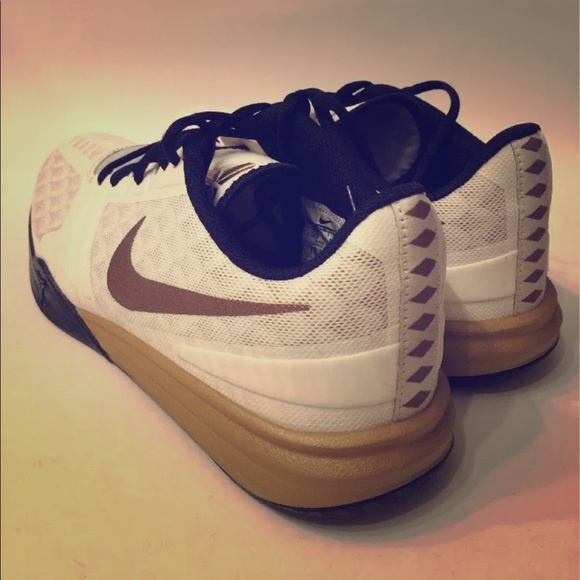 Nike Coby x size 9 1/2