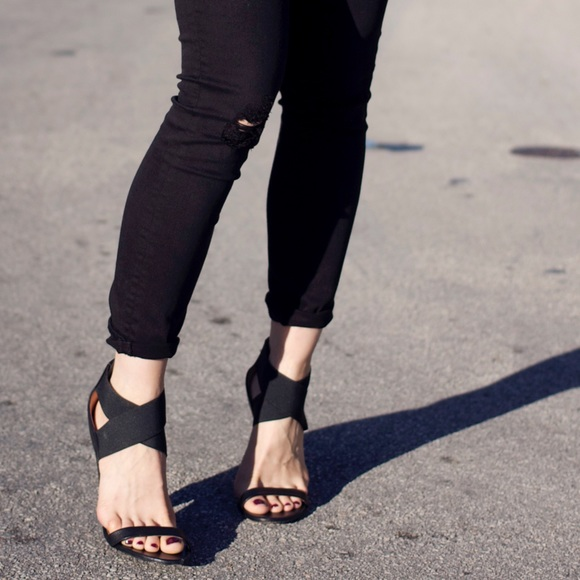 IRO Shoes - IRO elastic and leather strap heeled sandals