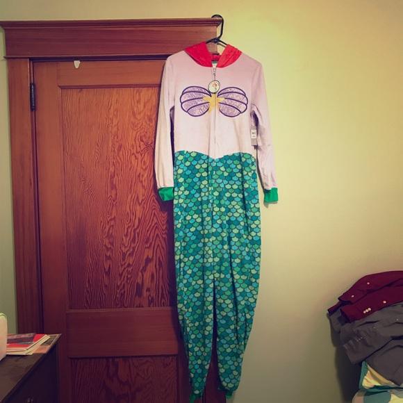 103ca3a99e6 Little Mermaid Ariel Adult Pajamas