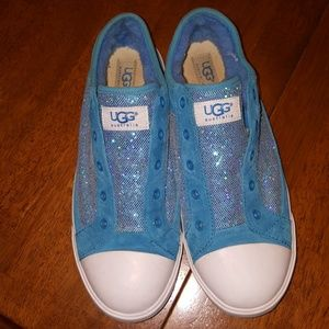 UGG Shoes - UGG teal sneakers, size 6