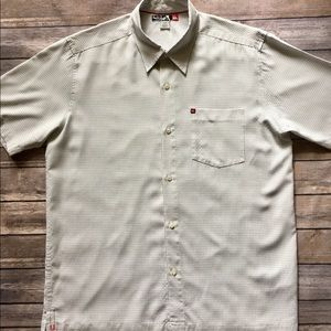 Quiksilver Other - 💥WEEKEND SALE💥Quicksilver - Short Sleeved Button