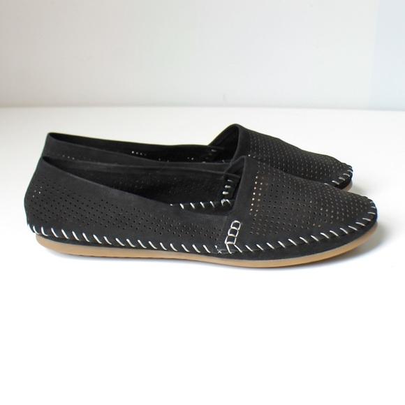 Nwot Adam Tucker Black Slip On Flats