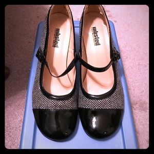 Unlisted Shoes - Unlisted Black patent leather and tweed heels