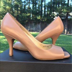 Tahari Shoes - Tahari