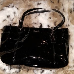 Coach Gallery Patent Leather Tote in Black