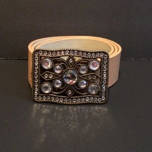 Accessories - Bling Buckle & Tan Leather Belt.