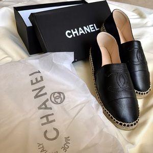 CHANEL Shoes - 🐾 🖤 CHANEL ESPADRILLES