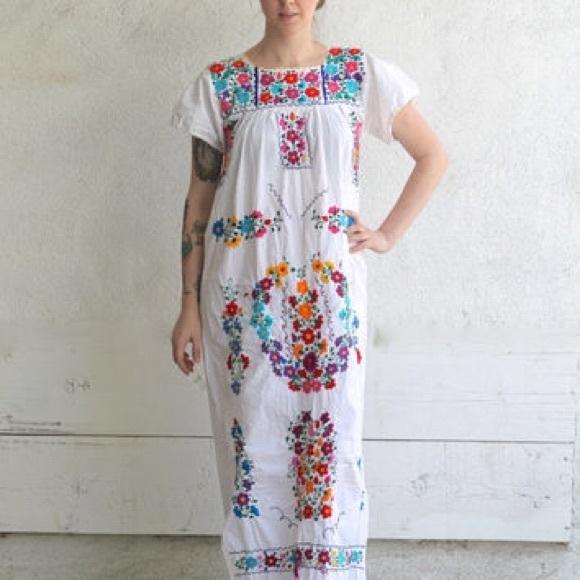 b327fb96999 Vintage 70 s Mexican Wedding dress maxi. M 5911664f4e8d1715781244a4
