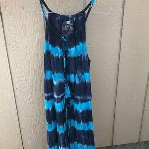 Young Fabulous & Broke Dresses & Skirts - YOUNG FABULOUS & BROKE XS TYE DYE DRESS CUTE MAXI